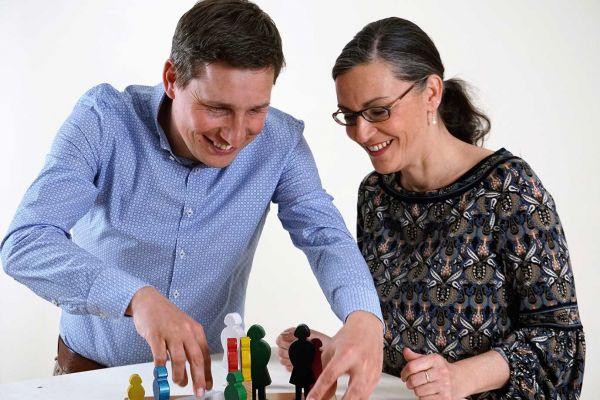 Training: Systemische Figurenaufstellung - Lösungen sichtbar & greifbar machen