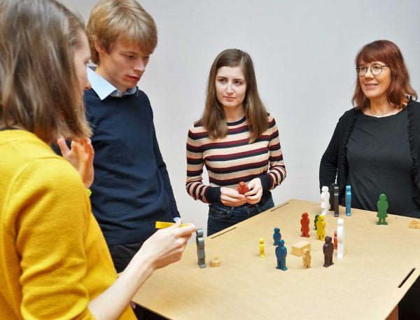 Training: Figurenaufstellung - Lösungen sichtbar & greifbar machen